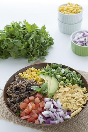 chicken-and-black-bean-taco-salad-5